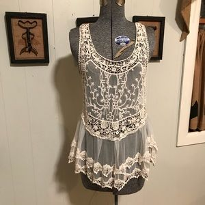Tops - Racer back lace and embroidered tank top